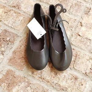 Other - black scalloped edge flats size 5